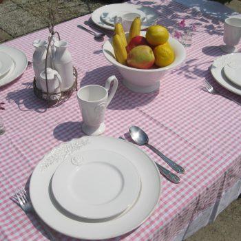 Op tafel